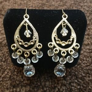 ***BUNDLED*** Gorgeous Chandelier Earrings