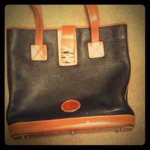 Authentic Dooney & Bourke Bucket Bag