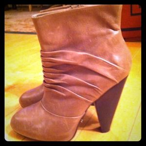 Fergie tan ankle Boots
