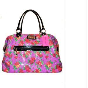 Handbags - 📛SOLD📛 Betsey Johnson overnite bag
