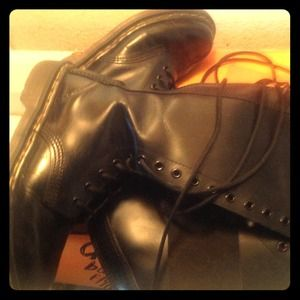 Used dr. Marten boots