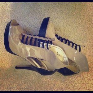 Shoes - Nude Heels!