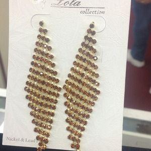Garnet and gold post earrings