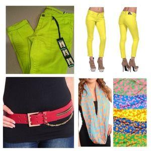 Bundle! Skinny Capri, scarf & red belt.