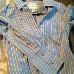 Abercrombie & Fitch Tops - Abercrombie poplin button up