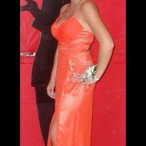 Reduced!!! Gorgeous Orange prom / homecoming dress