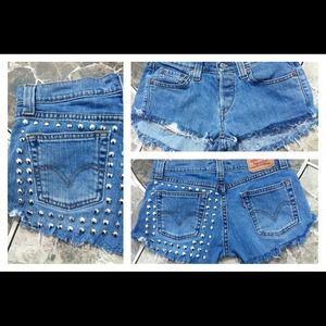 Low waist custom denim Levi's studded