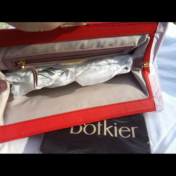 Botkier Clutches & Wallets - ☀NWT ✨RARE✨Botkier Phoenix Clutch 3