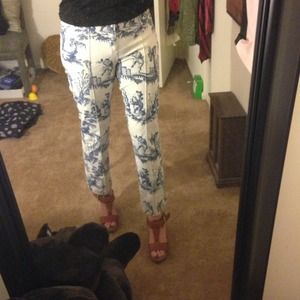 mossimo Pants - Adorable printed pants!!