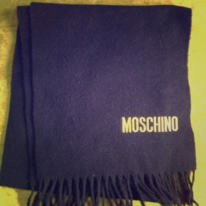 VINTAGE NAVY AND YELLOW MOSCHINO SCARF!