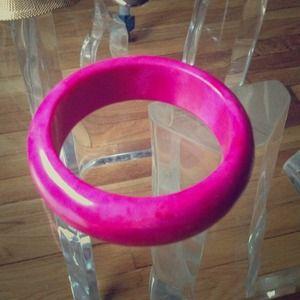 Jewelry - Pink bangle