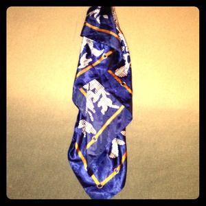 Vintage silk wrap blue and white pattern scraf