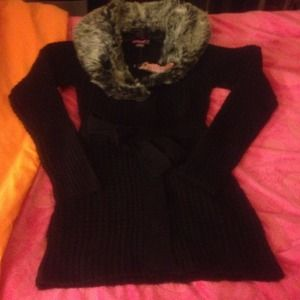 Black jacket with furr