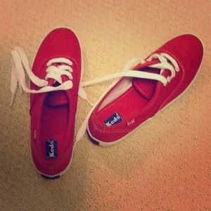 keds Shoes - Keds red lace up sneakers Brand New