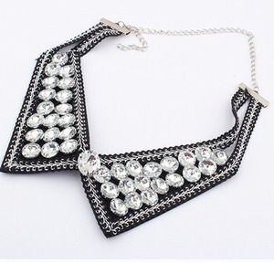 Jewelry - Collar necklace!