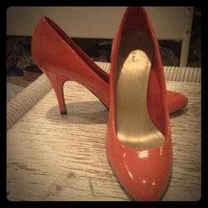 Never been worn orange heels!