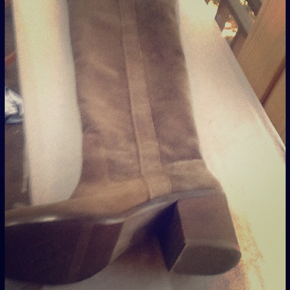 New Bcbg Over The Knee Suede Boots