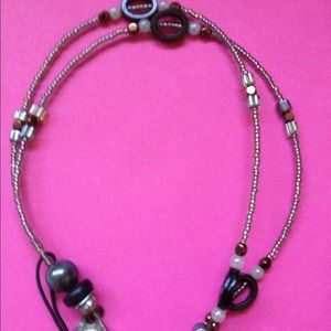 "Jewelry - Cute brown tones & beaded necklace. 12"" drop. BNWT"