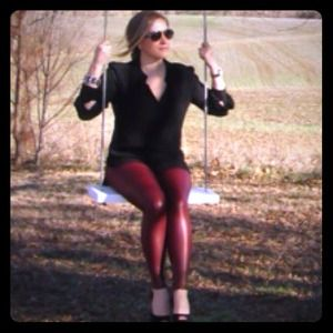 Windsor Burgundy Oxblood Red Liquid Leggings S!