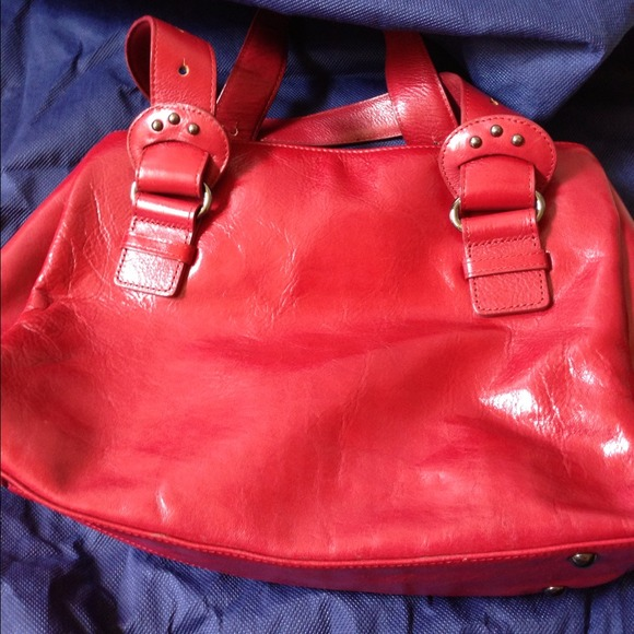 28 off mercedes benz handbags reduced authentic for Mercedes benz handbags