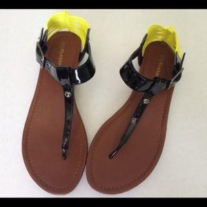Black & Neon Yellow Sandals 8 1/2