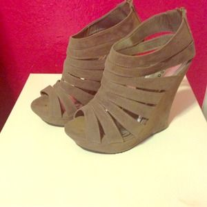 Spring casual wedge shoes