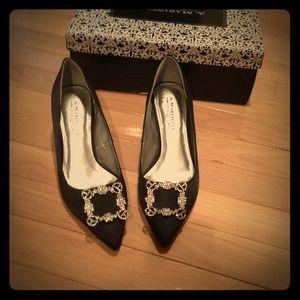 Black heels w bling