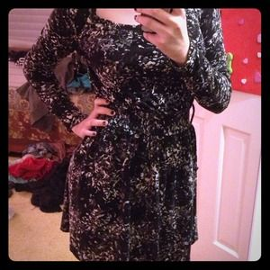 Salt and pepper long sleeved dress w/ pockets