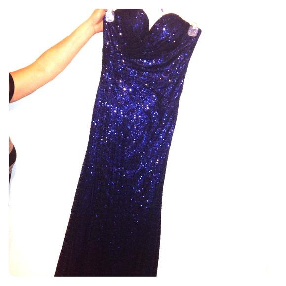 La Femme Prom Dresses Navy Blue 23