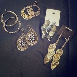 RESERVEDSilver earring bundle (5)