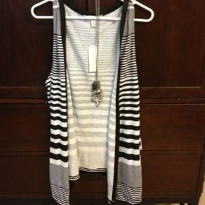 Tops - Striped tank vest
