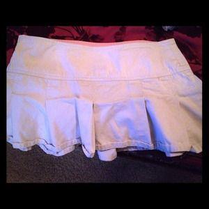 Dickie pleated skirt