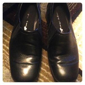 Easy spirit black leather shoes