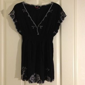 Forever 21 Dresses & Skirts - Black tunic
