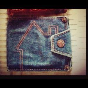 Host pick Paul Frank Vintage wallet