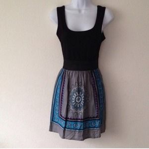 Dresses & Skirts - Print dress