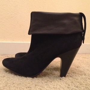 Ash black suede/leather booties