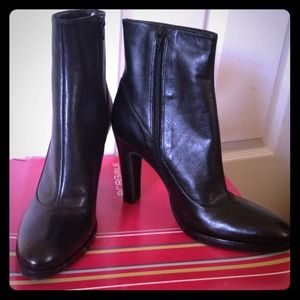 Brand new boot..never wear !!