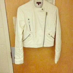 White faux leather crop jacket! NEVER WORN!