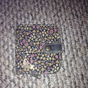 **Reduced price****Adorable Roxy Wallet!
