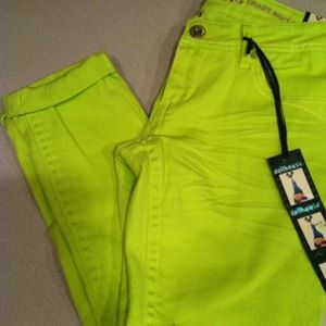 ✨✨Lime cropped skinny jeans