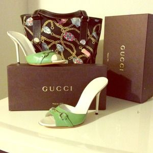 GORGEOUS Soft Green GUCCI Horsebit Sandal