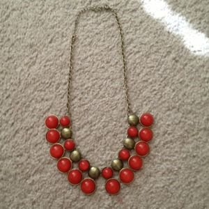 *Bundled* Gorgeous coral/orange statement necklace
