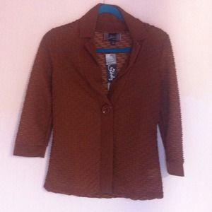 REDUCED! 3/4 sleeve slash textured jacket