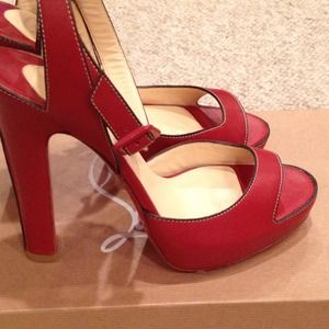 BNIB Christian Louboutin Mandarin Red Sandals, 39