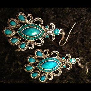 ⭕️LAST ONE!  Royal Blue Faceted Crystal Earrings