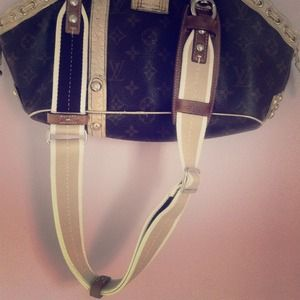 Coach leather bag handle
