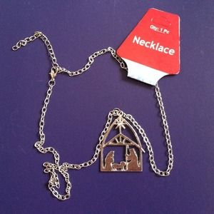 Jewelry - Nativity pendent necklace adjustable length