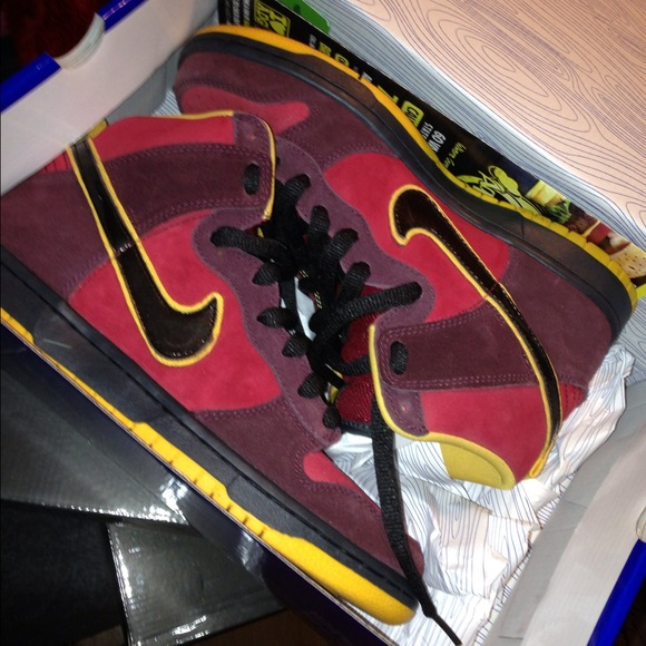 Iron Man Nike Sb Limited Edition   Poshmark