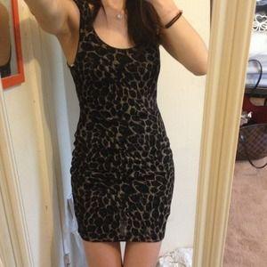🌟Price drop!🌟Leopard print dress